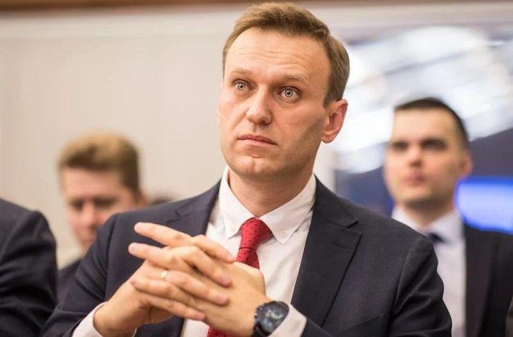Após ser envenenado, Alexei Navalny, líder da oposição russa é impedido de deixar o país 1