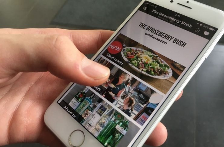 Homem usa aplicativo para conseguir refeições para os sem-teto 2