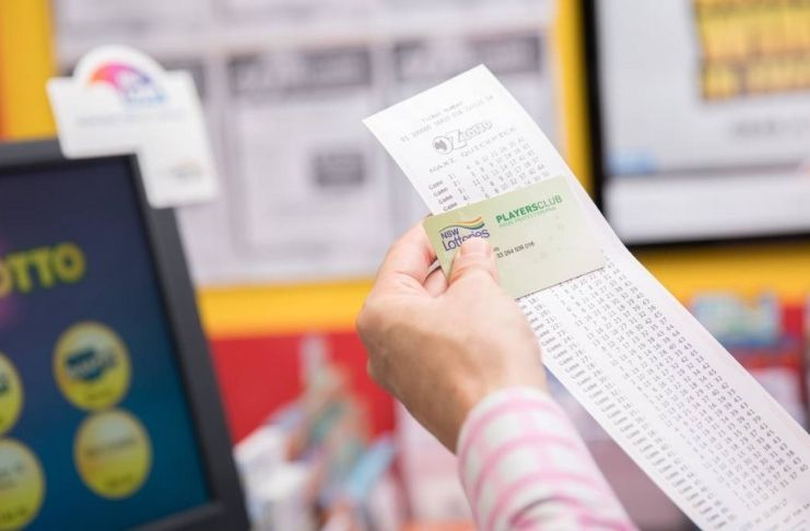Estudante descobre durante aula que foi ganhadora da loteria