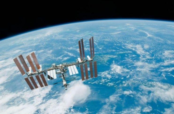 Produtora quer filmar reality show no espaço