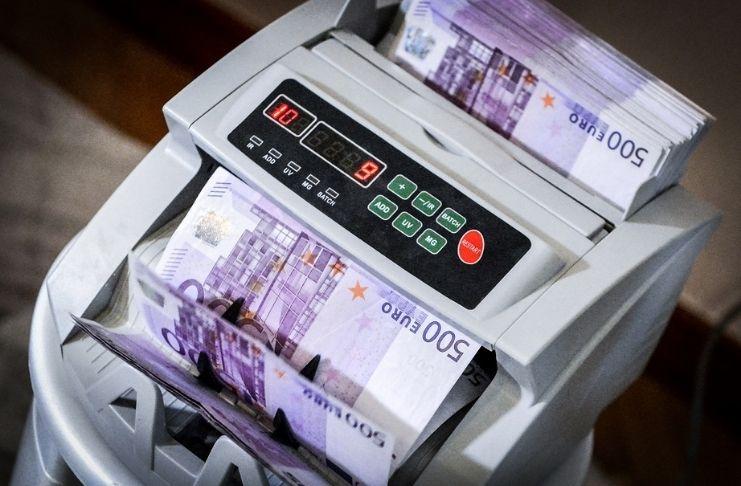 Empresa quer desenvolver uma IA que detecte crimes financeiros