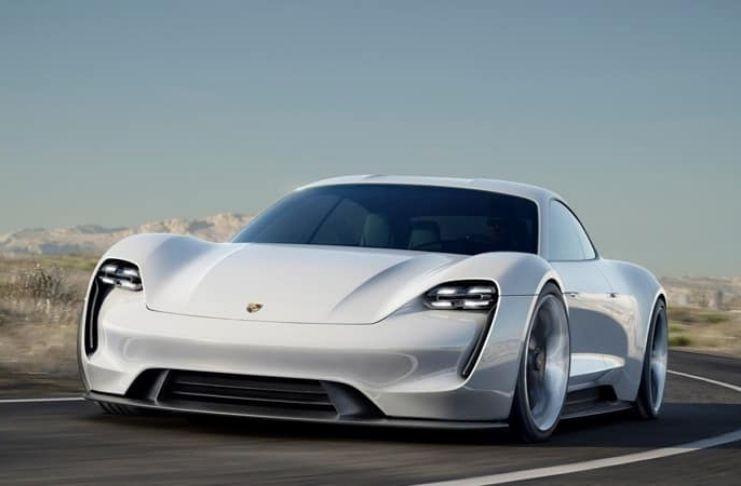 Porsche pesquisa combustíveis sintéticos para tornar os carros sustentáveis