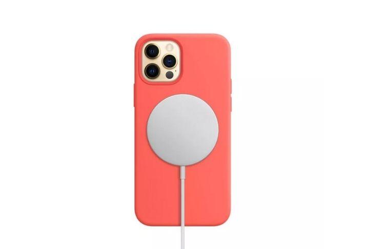 Apple alerta: Carregador MagSafe pode danificar cartões e outros itens