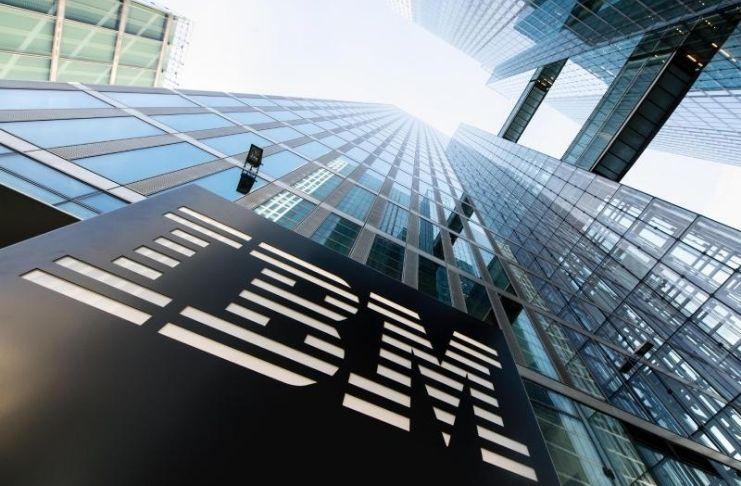IBM apresenta crescimento de receita de dois dígitos enquanto aposta na nuvem