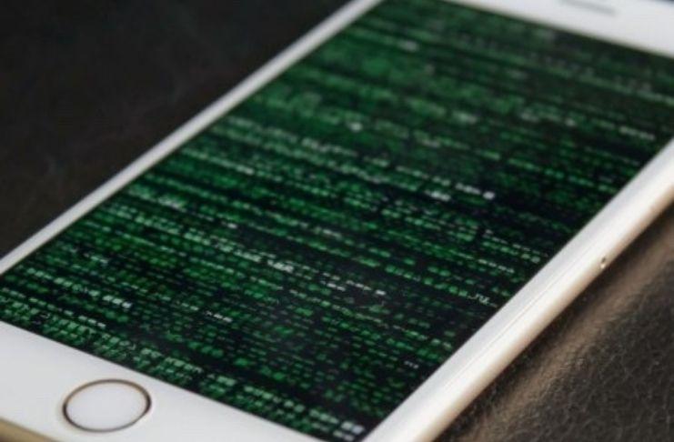 Hackers driblam chip de segurança da Apple e invadem iPhones