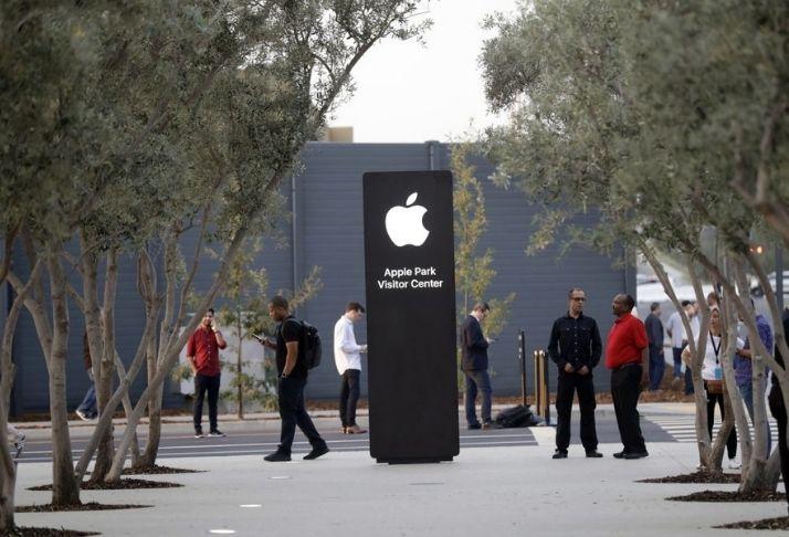 Relatório adiciona peso ao projeto do iPhone com zoom óptico de 10x