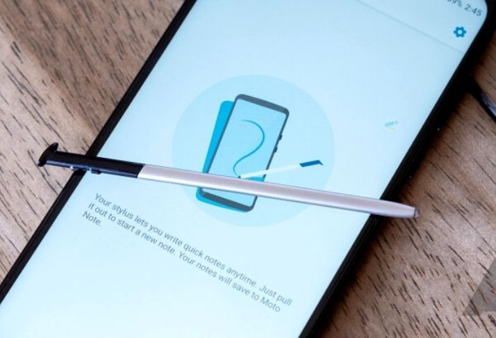 Moto G Stylus, novo smartphone da Motorola com design superdimensionado